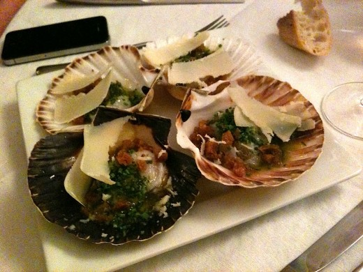 Scallops-with-parmesan