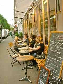 Le-Petit-Trianon-Sidewalk-Cafe