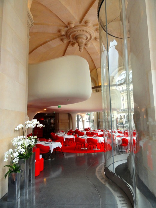 Opera-Restaurant-viewed-from-entrance