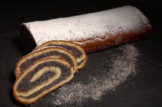 Le-Stube-Poppyseed-cake
