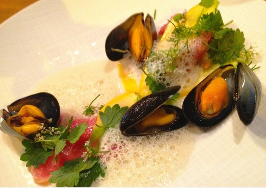 ENCORE-Mussels-and-veal-tartare