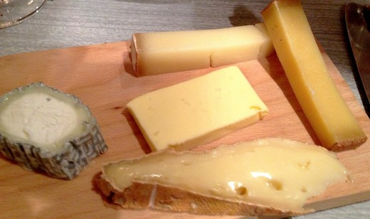 Enfants-Rouge-cheese-board