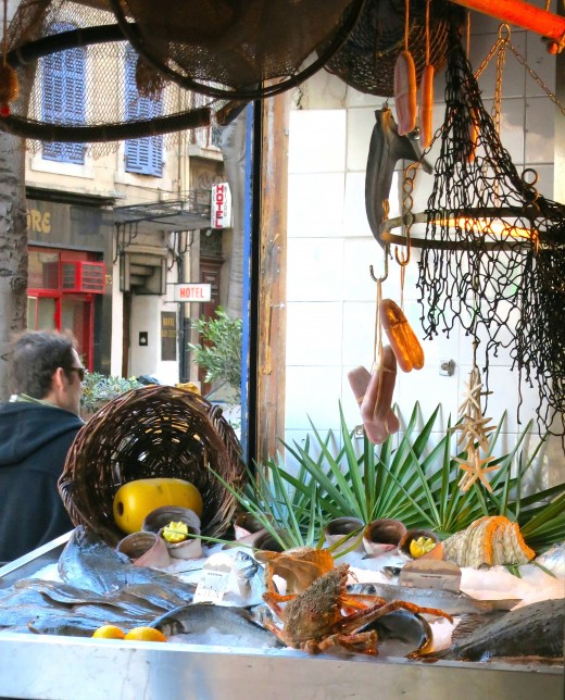 Boite a Sardines - Fish stall