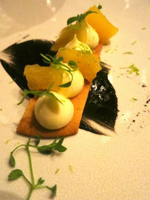 Coretta - Pineapple dessert