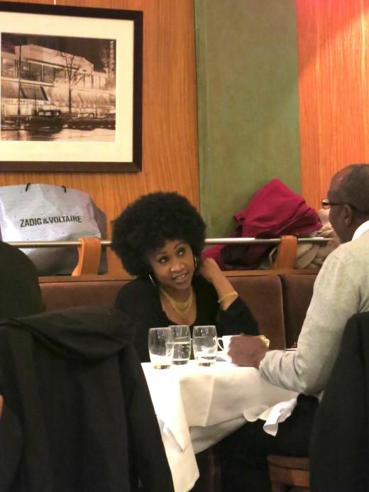 La Coupole - Black lady