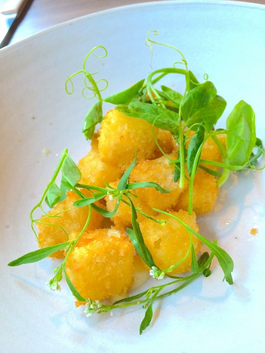 Clown Bar - Camembert croquettes