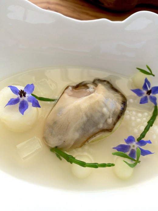 Mirazur - Oyster with tapioca pearls