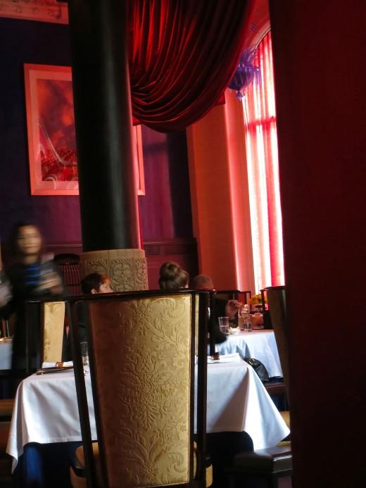 lili restaurant hotel peninsula paris