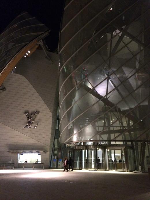 X Out Reviews >> Le Frank, The New Restaurant at La Fondation Louis Vuitton, Paris, B+ - Alexander Lobrano
