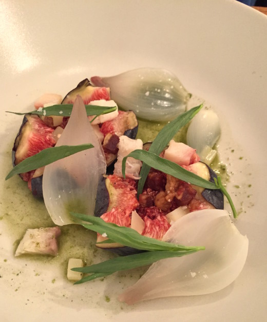 A Mere - Figs, Roscoff onions, tarragon, smoked eel, cheese