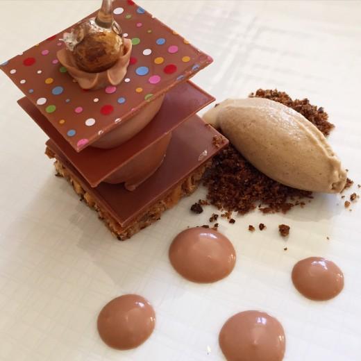 Valrhona chocolate dessert at Le Champ des Lunes, Le Domaine de Fontenille