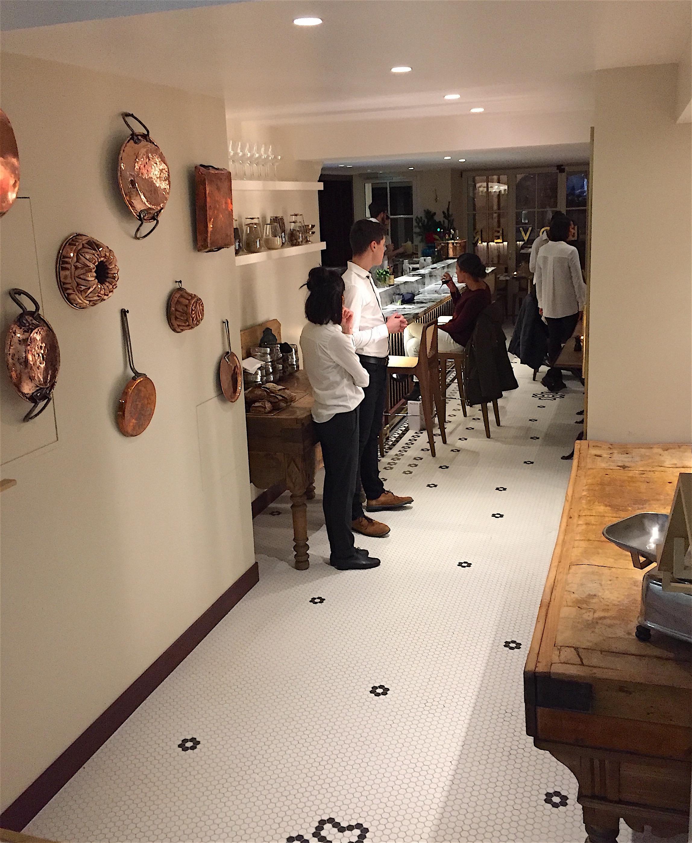 Clover Grill - Dining room @Alexander Lobrano