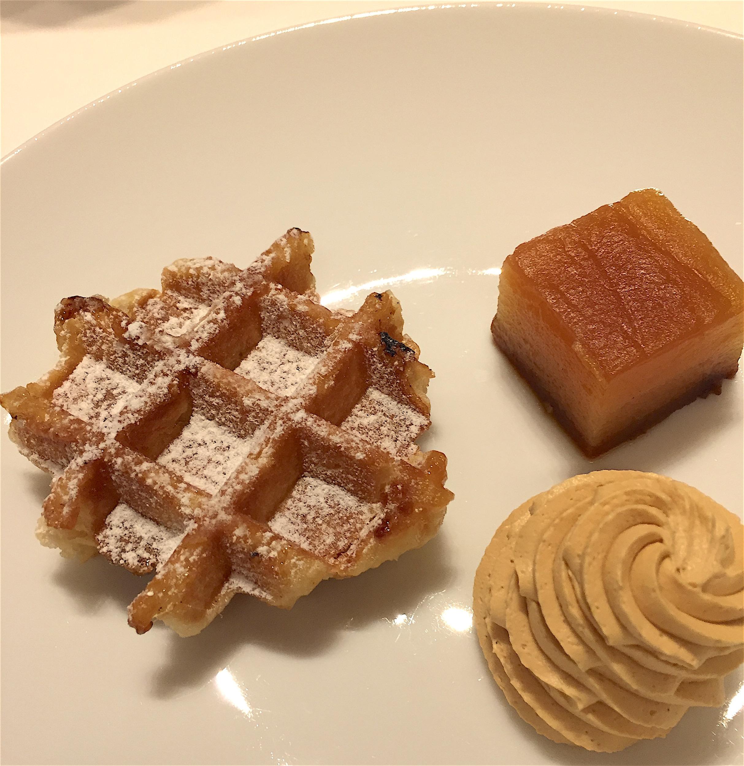 Etolie du Nord - Liege waffle @ Alexander Lobrano