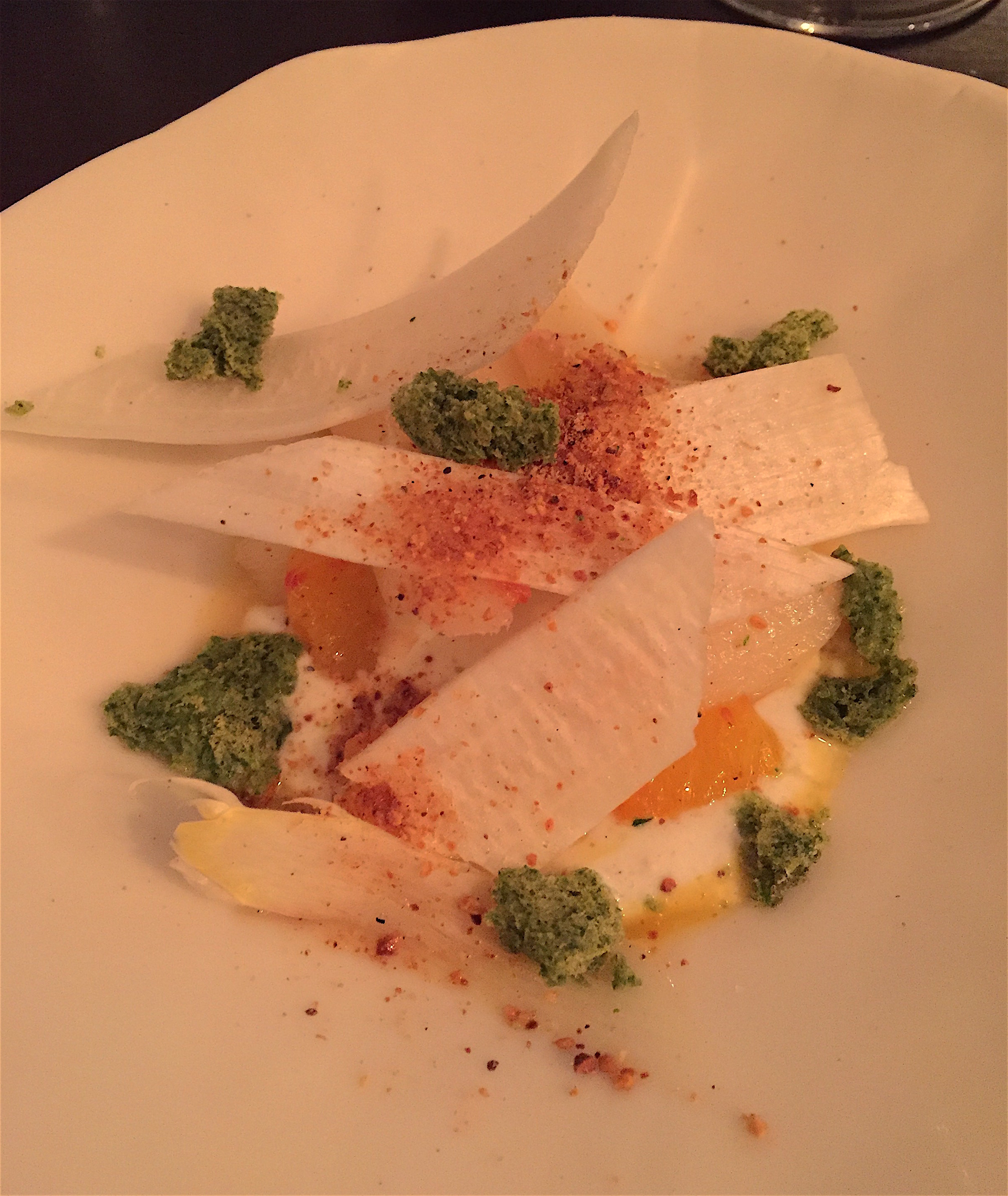 Detour - white asparagus with poached egg @Alexander Lobrano