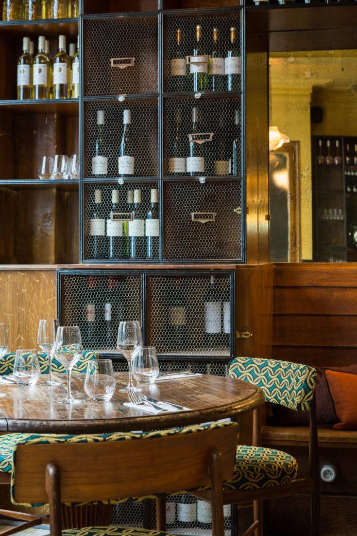 Vins des Pyrenees - dining room @Yann Deret