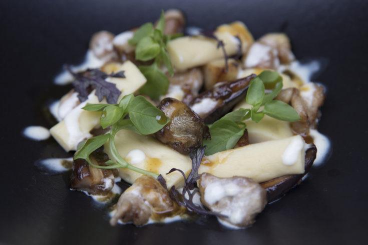 Le Flaubert - Gnocchi, ris de veau, cepes@Lia Klein Michel
